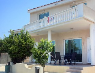 2 Bedroom Semi House for sale in Chloraka, Cyprus