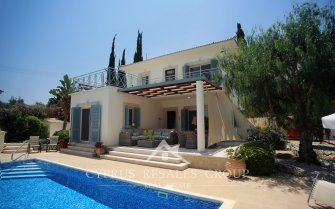 3 Bedroom Villa Gladiolous in Neo Chorio